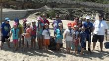 Καθαρισμός της παραλίας των Αγκαθωπών