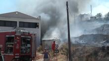 Μεγάλη πυρκαγιά στη Σύρο
